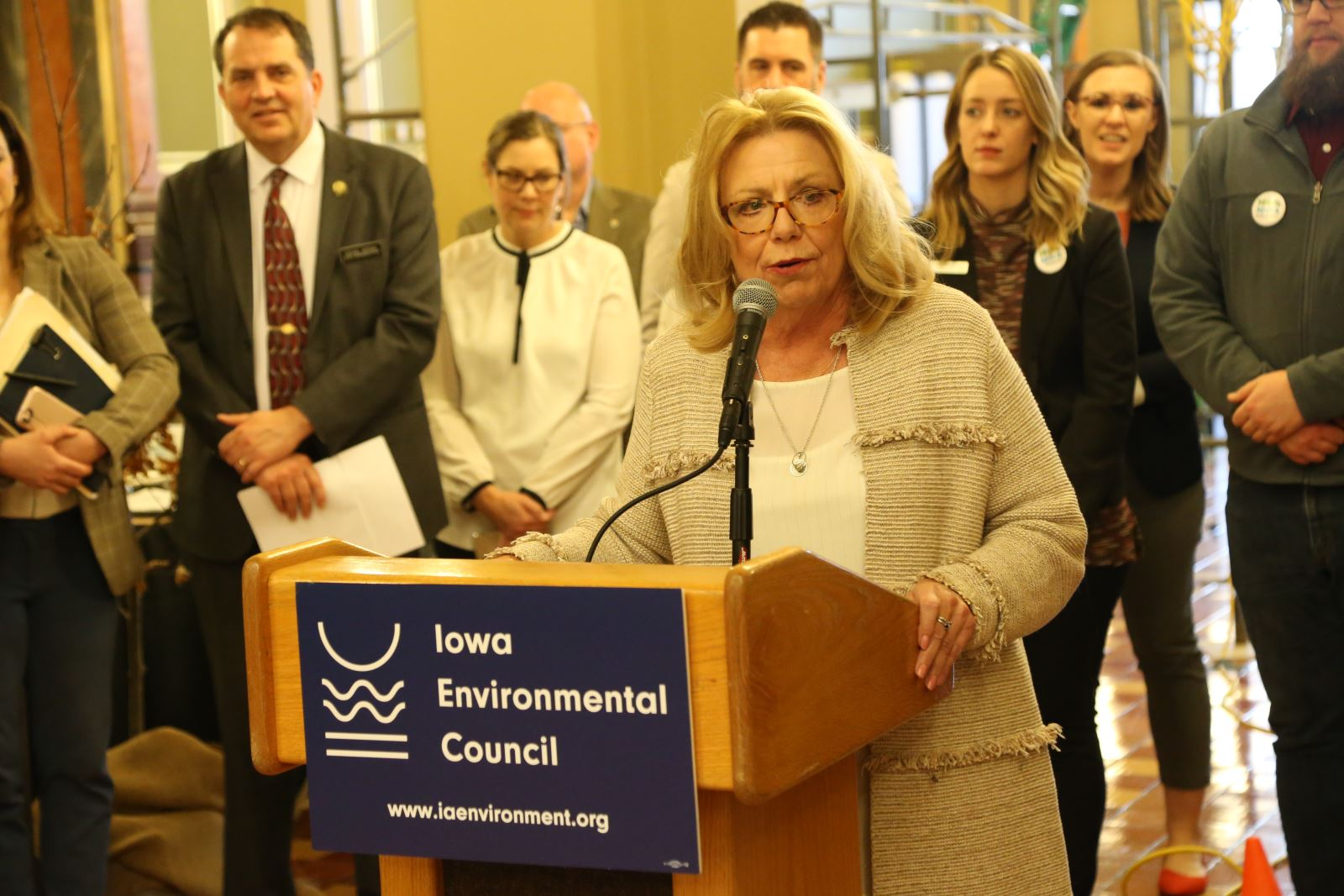 Senator Pam Jochum speaks at Environmental Lobby Day 2020